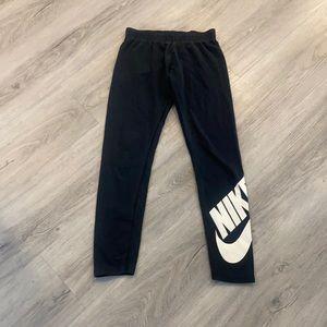 Nike black youth leggings size large